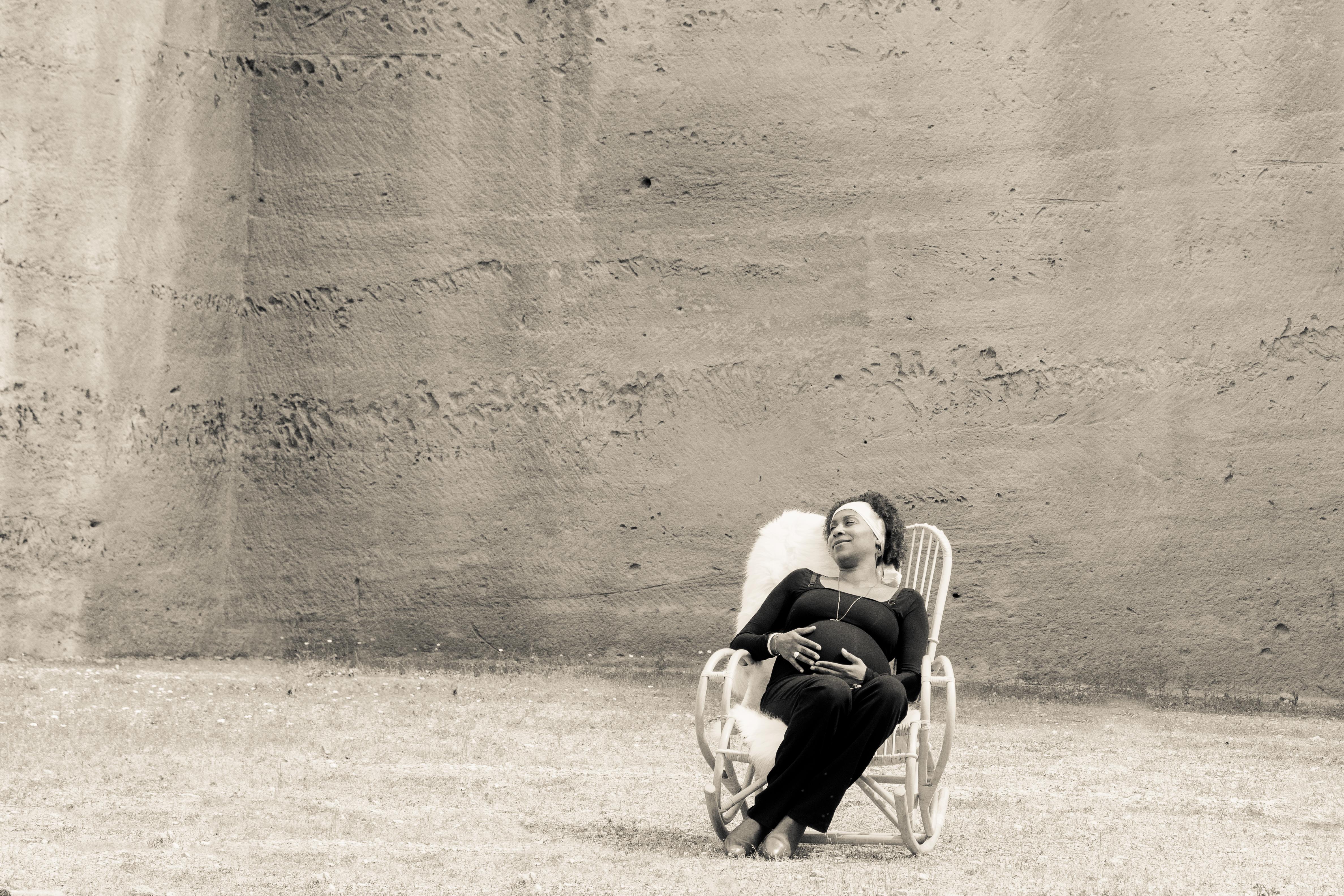 Caroline - photo femme enceinte - photographe grossesse Venelle - Lifestyle - photographe Aix en Provence grossesse - Séance photo extérieur - séance photo couple - prise de vue maternité - photographie artistique grossesse - maternity session - pregnancy shoot - shooting south to France